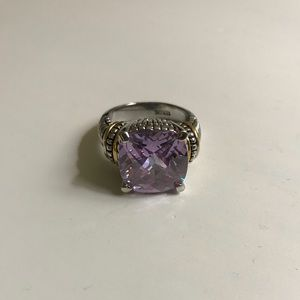 Jewelry - Fashion ring with light amethyst colored stone